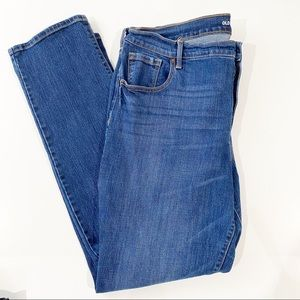 Old Navy Curvy Mid Rise Medium Wash Jeans Size 16R
